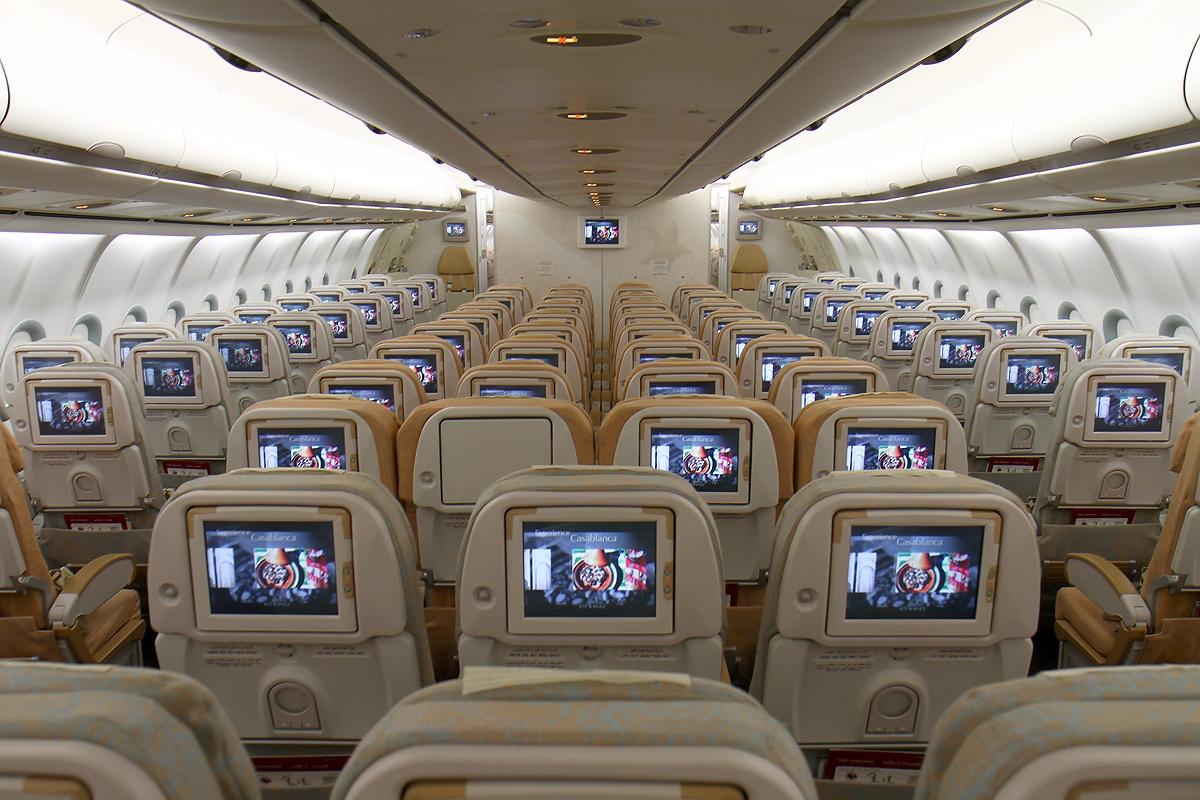 Airbus_A340-642,_Etihad_Airways_AN1620901